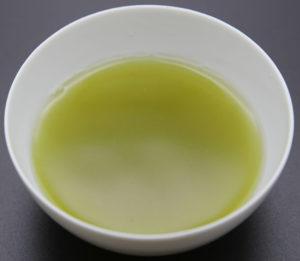 深蒸し煎茶の浸出液